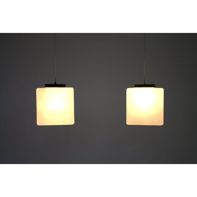 Mid-Century Modern Pair of Milk Glass Cube Pendants by Stilnovo, Italy, 1960s For Sale - Image 3 of 8