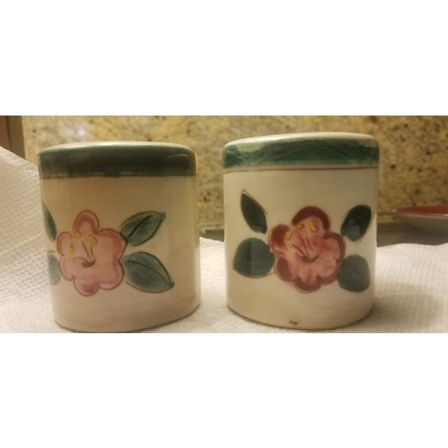 Stangl Early Mid Century Stangl Flowers Salt and Pepper Shakers - a Pair For Sale - Image 4 of 10