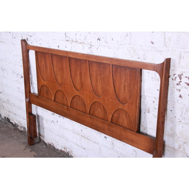 Broyhill Brasilia Broyhill Brasilia Mid-Century Modern Sculpted Walnut Queen Size Headboard For Sale - Image 4 of 8