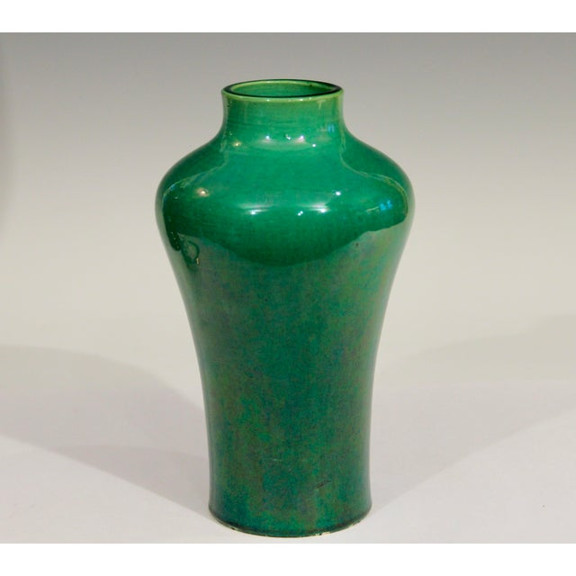 Antique 1910s Awaji Art Nouveau Studio Pottery Meiping Organic Green Monochrome Vase For Sale - Image 4 of 11
