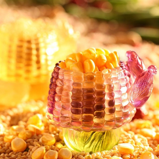 """Limited edition: 5,000 pieces worldwide Design Concept: """"Golden Abundance"""" is one of LIULI artists' take on the classic..."""