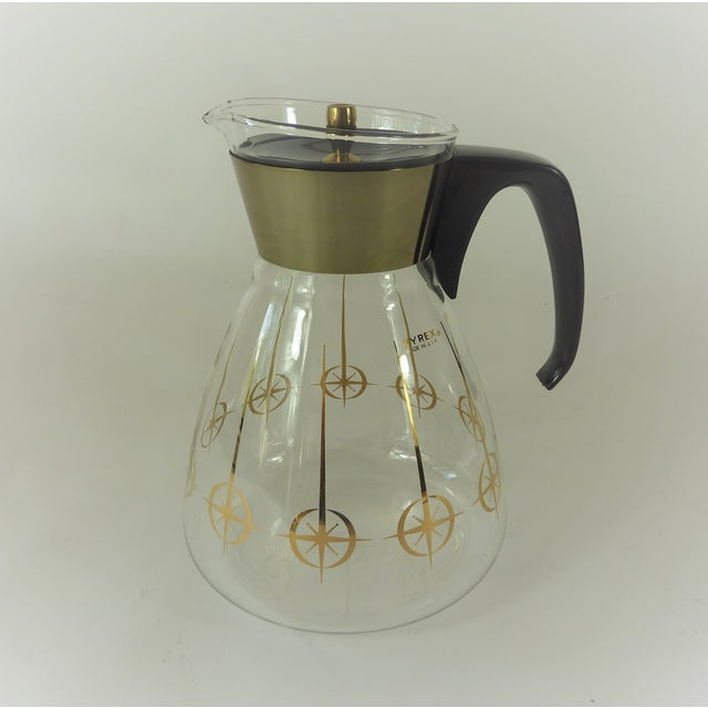 Vintage 1960's Pyrex Glass Gold Atomic Starburst Large Glass Coffee Carafe For Sale - Image 12 of 13