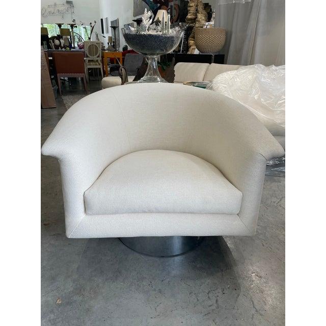 Milo Baughman 1970s Milo Baughman Swivel Chairs - a Pair For Sale - Image 4 of 13