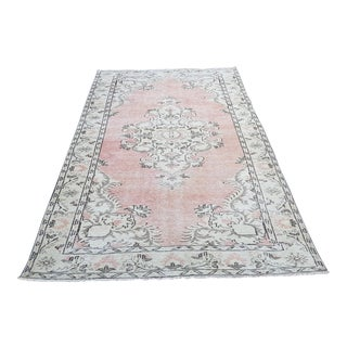 1970s Turkish Oushak Pink Pastel Rug- 5′1″ × 9′3″ For Sale