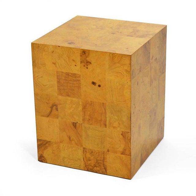Mid-Century Modern Milo Baughman Burl Patchwork Pedestal/ End Table by Thayer Coggin For Sale - Image 3 of 9