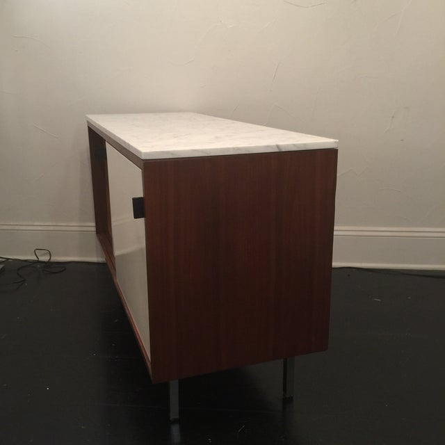 Florence Knoll Bianco Marble Top Credenza - Image 9 of 11
