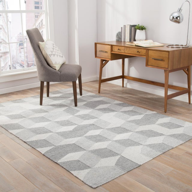 2010s Jaipur Living Vista Indoor/ Outdoor Geometric Gray Area Rug - 8′ × 10′ For Sale - Image 5 of 6