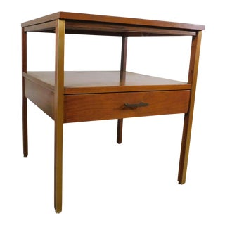 Paul McCobb For Calvin Mid Century Modern Walnut One Drawer Side Table For Sale