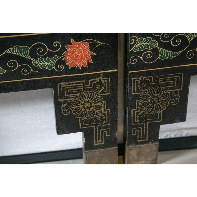 1930s Chinese Lacquered Six-Panel Screen For Sale In New York - Image 6 of 8