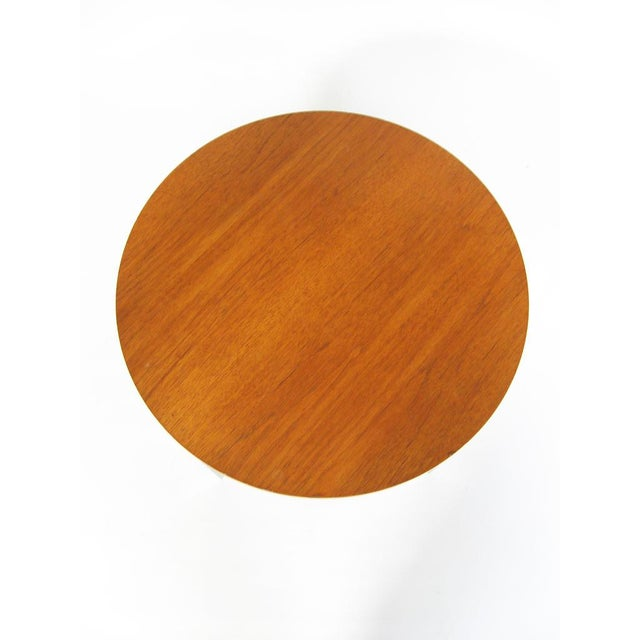 Florence Knoll side/ end table by Knoll For Sale In Chicago - Image 6 of 8