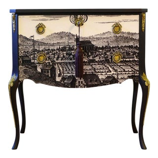Gustavian Commode With Classic Print For Sale