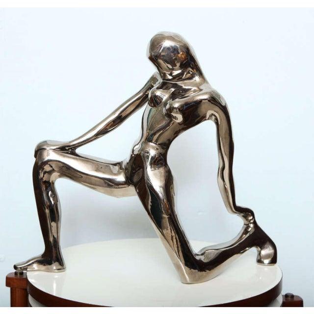 Figurative Jaru Kneeling Female Figure For Sale - Image 3 of 9