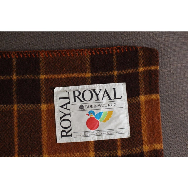 Cabin 1960s Vintage Royal Robinwul Plaid New Zealand Wool Throw Blanket For Sale - Image 3 of 7
