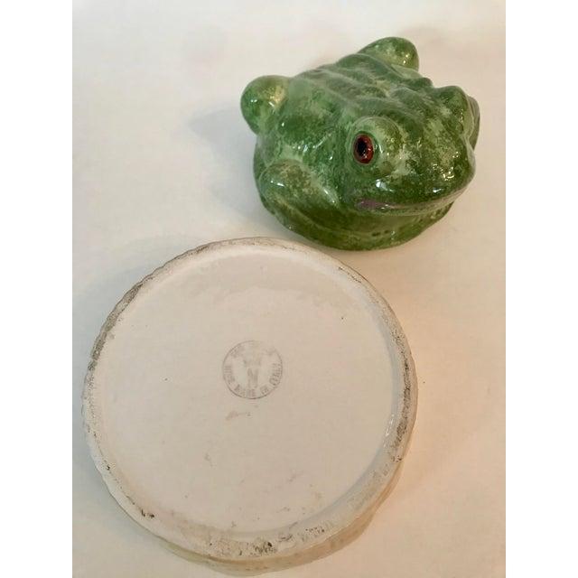 Ceramic Vintage Mid-Century Italian Ceramic Majolica Frog Lidded Box For Sale - Image 7 of 12