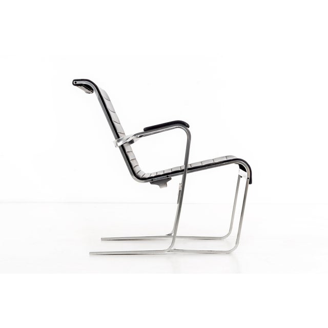 Marcel Breuer Pair of Marcel Breuer Lounge Chairs For Sale - Image 4 of 13