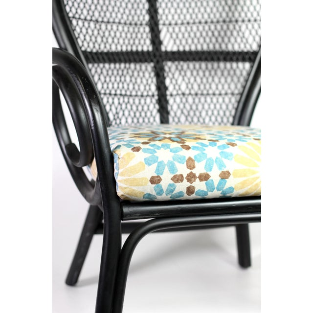 """1960s 1960's Black Thonet Style Bentwood Peacock Arm Chair With New Martyn Lawrence Bullard's """"Marakesh"""" Linen Cushion For Sale - Image 5 of 8"""