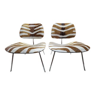 Mid Century Modern Herman Miller Eames Lcw Chairs Newly Upholstered - Pair For Sale