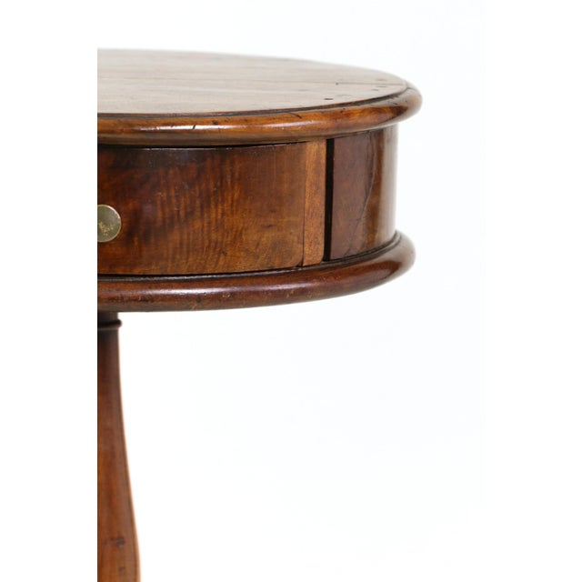 1890s English Round Fruitwood Tripod Bas & Single Drawer Pedestal Table For Sale - Image 9 of 11