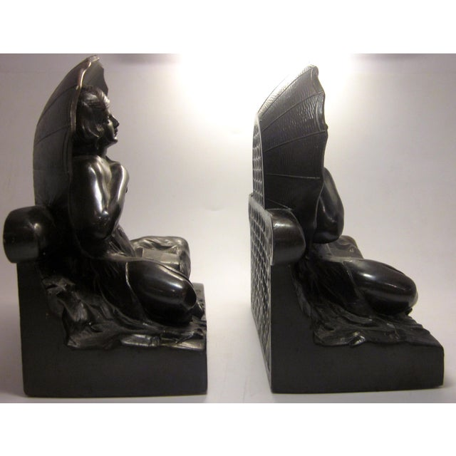 "Early 20th Century Art Nouveau/Art Deco ""Umbrella Girl"" Cast Metal Bookends - a Pair For Sale In Chicago - Image 6 of 10"