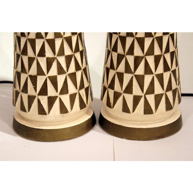 Cream 1960s Vintage Faip Mid-Century Modern Geometric Plaster Chalkware Table Lamps - a Pair For Sale - Image 8 of 11