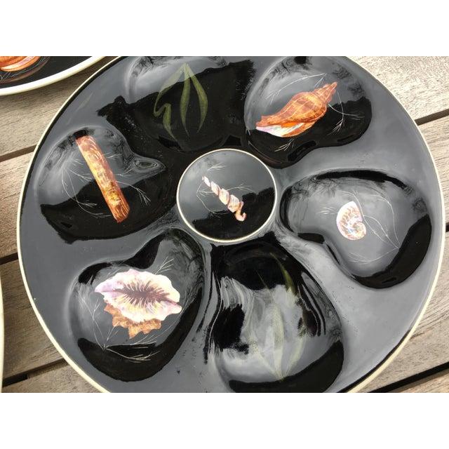 """Ceramic Vintage Quimper Guy Trevoux """"Sea Life"""" Faïence Oyster Service for 6 For Sale - Image 7 of 12"""