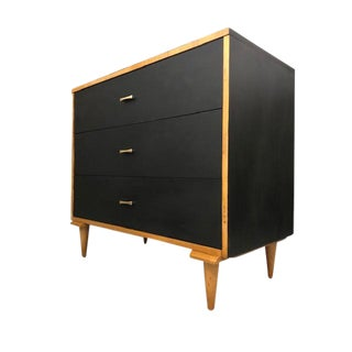 1960s Mid Century Modern Chest of Drawers For Sale