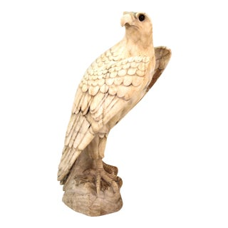Classical Eagle Sculpture in Carved Marble For Sale