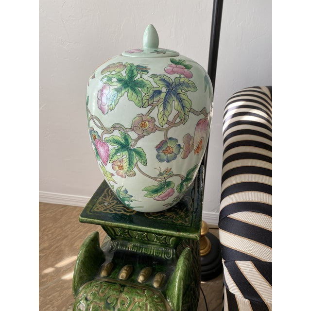 Lided Chinoiserie Strawberry and Butterfly Ginger Jar For Sale - Image 12 of 13