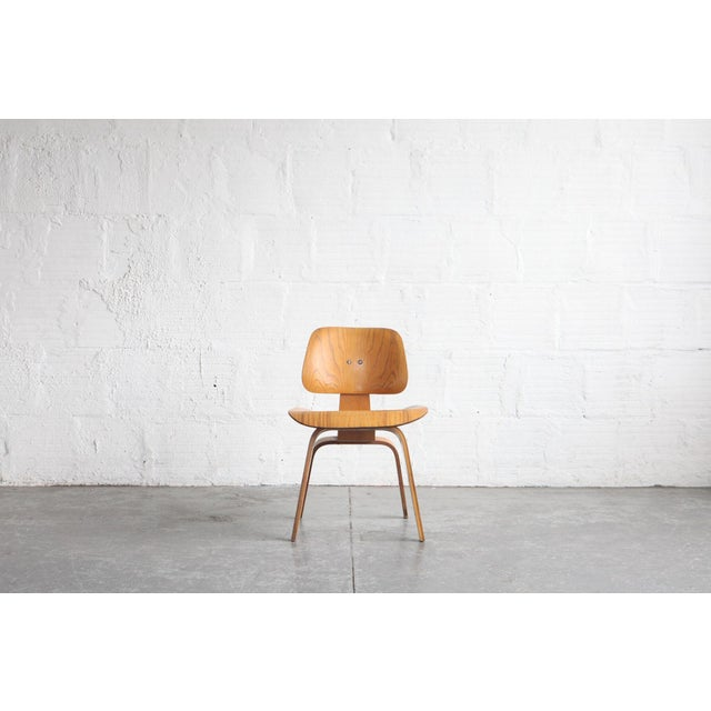 1950s Vintage Early Eames for Herman Miller Dcw Chair For Sale In Portland, OR - Image 6 of 6