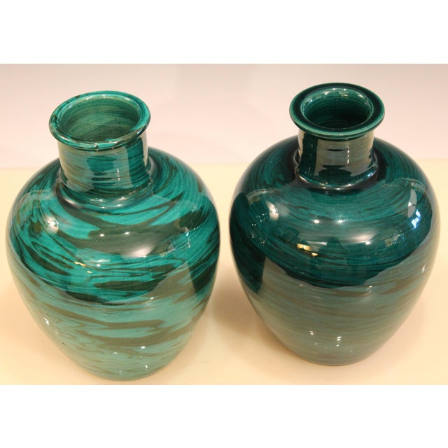 Bitossi Bitossi Mid-Century Modern Raymor Vintage Italian Pottery Marbled Green Marbleized Vases, Pair For Sale - Image 4 of 9