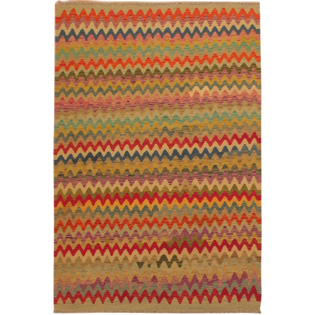 Shabby Chic Abstract Oretha Ivory/Gray Hand-Woven Kilim Wool Rug -5'3 X 6'6 For Sale