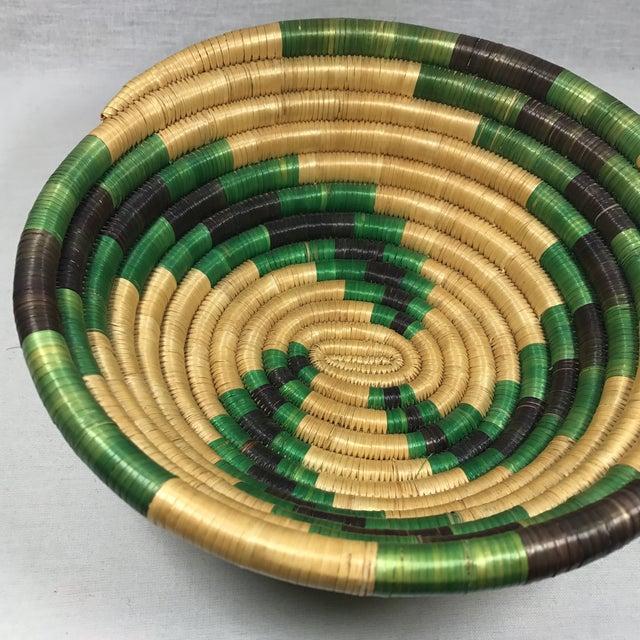 Handmade African Grass Basket - Image 5 of 11