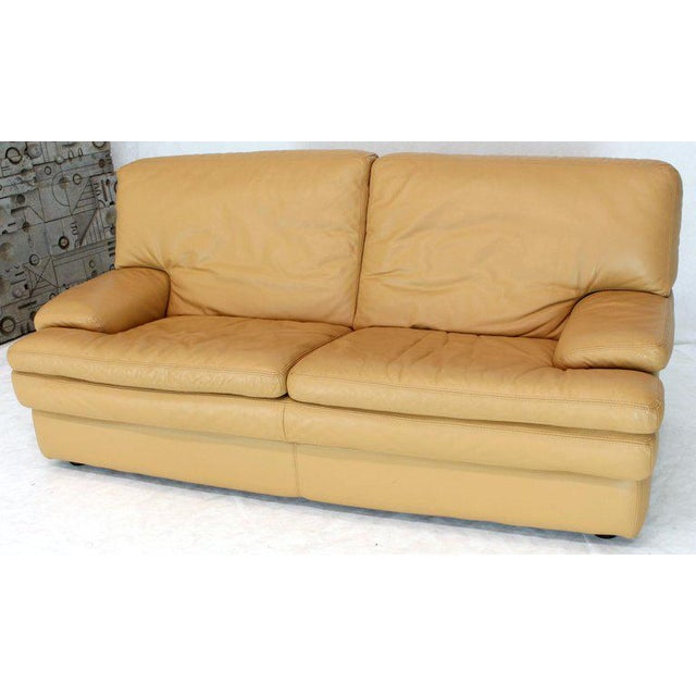 Wondrous Roche Bobois Light Peach Leather Loveseat Small Sofa Pabps2019 Chair Design Images Pabps2019Com