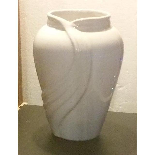 Vintage White Porcelain Vase - Image 4 of 5