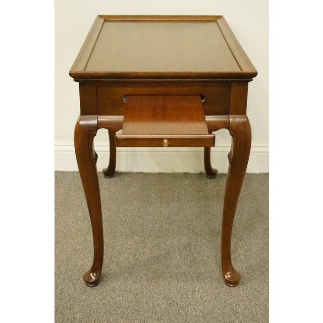 20th Century Georgian Ethan Allen Accent End / Tea Table For Sale - Image 10 of 13