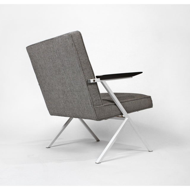 Rare pair of lounge chairs designed by Czechoslovakian Architect Ladislav Rado for Knoll and Drake in 1950. Model R-83....