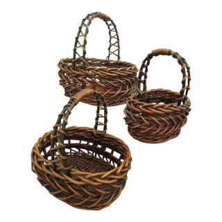 Late 20th Century Basket Thick Woven Wood Nesting Baskets With Carrying Handles - Set of 3 For Sale
