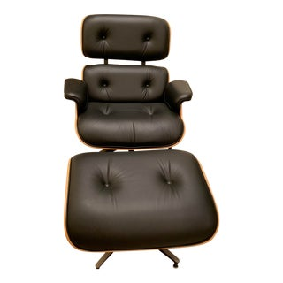 Modern Herman Miller Eames Lounge Chair With Ottoman For Sale