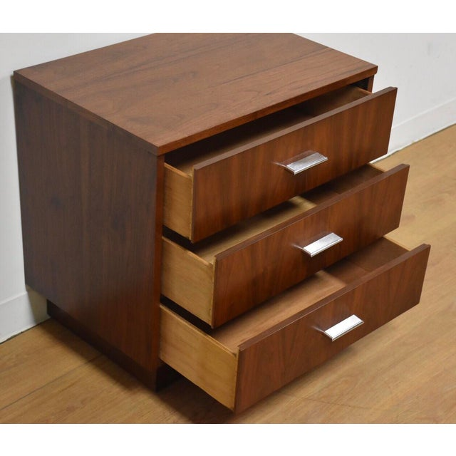 1960s Dixie Walnut Modern Nightstand For Sale - Image 5 of 6