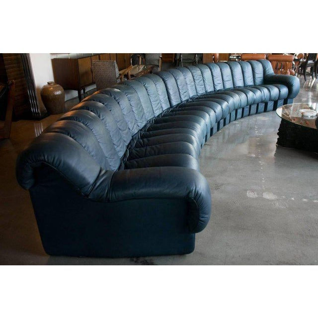 De Sede Ds-600, Non-Stop Sofa, 21 Sections in Charcoal Blue Leather For Sale In Austin - Image 6 of 13