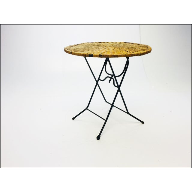 Brown Mid Century Modern Wicker & Iron Round Folding Side Table For Sale - Image 8 of 11