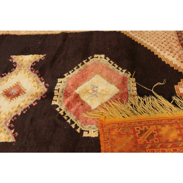 """AIT OUAGHRDA Vintage Moroccan Rug, 5'5"""" x 7'10"""" feet / 165 x 240 cm For Sale - Image 4 of 6"""