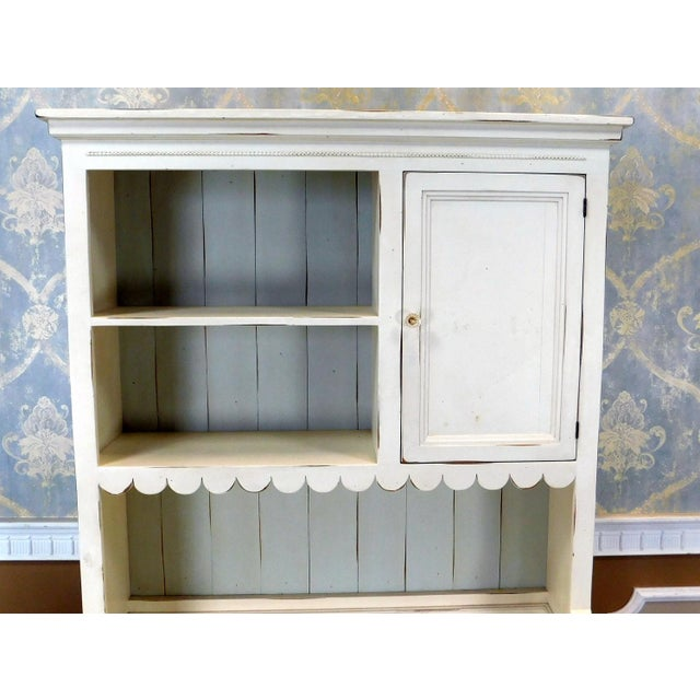 Bradshaw Kirchofer White Hand Crafted Sweat Pea Desk w/ Scalloped Hutch & Chair For Sale In New York - Image 6 of 9
