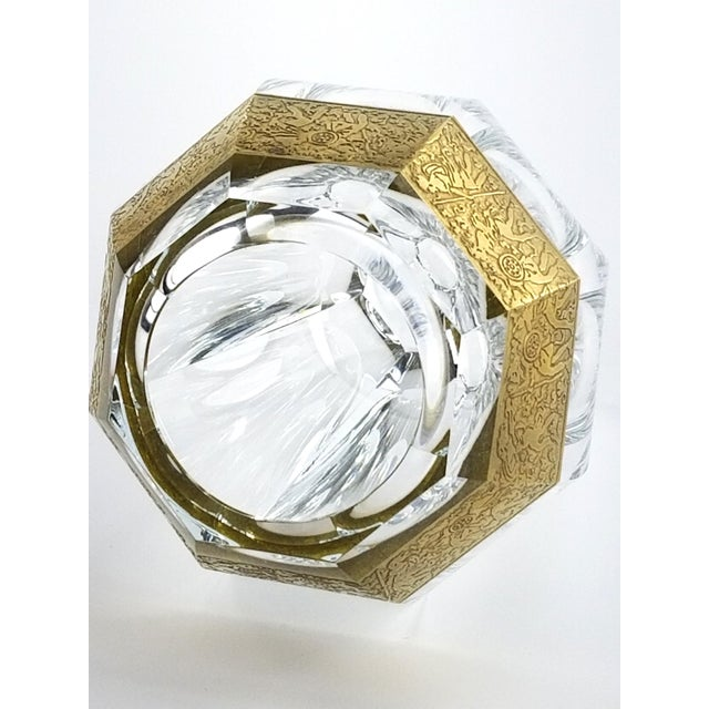 "Transparent Vintage Moser ""Diva"" Crystal Vase Gilded Band in a Classical Pattern For Sale - Image 8 of 10"