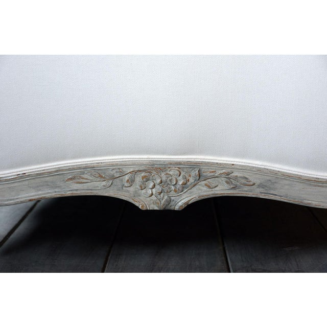 19th Century French Louis XV- Style Daybed With Distressed Finish For Sale In Los Angeles - Image 6 of 11