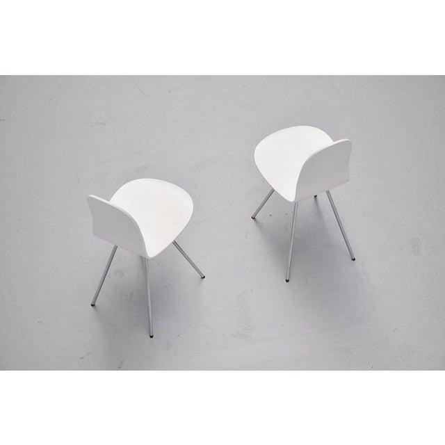 Pair of Arne Jacobsen Tongue chairs Fritz Hansen 1970s - Image 4 of 7