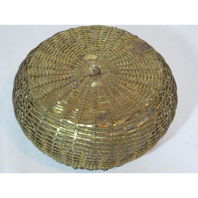 1960s Vintage Round Woven Brass Basket For Sale - Image 5 of 7
