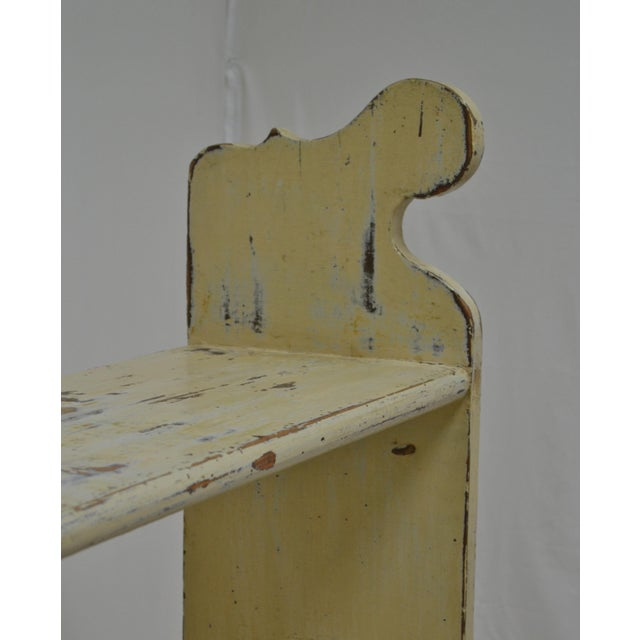 1880s Painted Pine Kitchen Shelf or Bucket Bench For Sale In Washington DC - Image 6 of 10