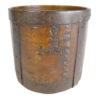 Antique 19th C. English 1/4 Peck Dry Measure For Sale