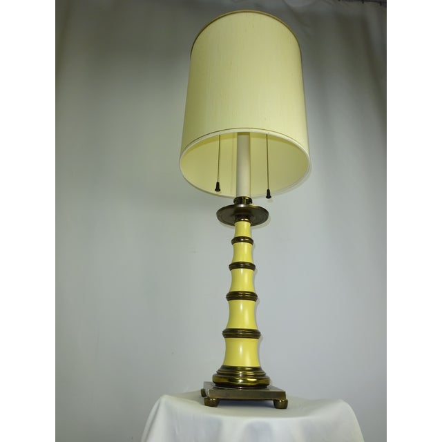 Faux Bamboo Enamel Table Lamp c1960 - Image 4 of 9
